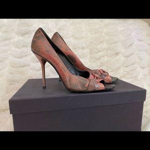 Used Gucci Snake skin heels